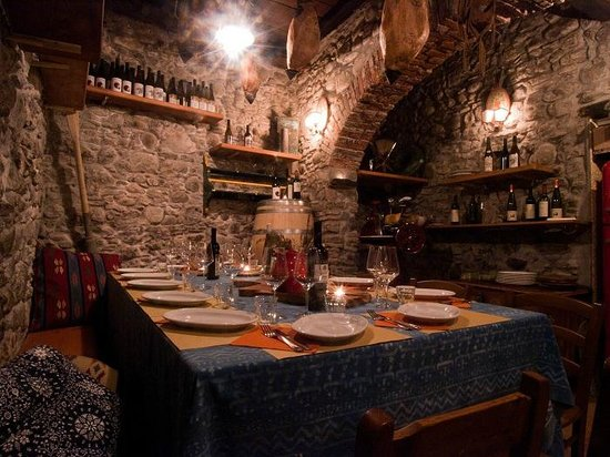 Assirto: la taverna