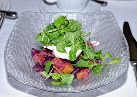 Orsay : Roasted beet salad w/goat cheese