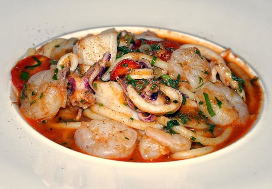 Orsay : Seafood pasta luncheon special (excellent)