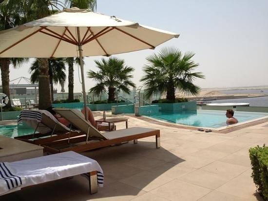 InterContinental Dubai Festival City: Pool