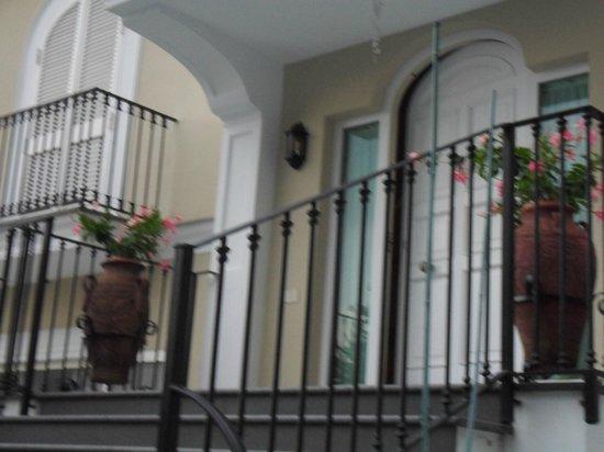 Villa Adriana Guesthouse Sorrento: Entrée de la Villa.