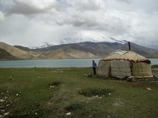 Karakoram Highway: Karakul or Karakuli lake