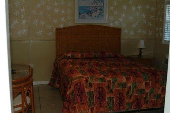 Blackfin Resort and Marina : Roomy and open