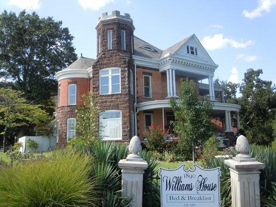 1890 Williams House Inn: 1890 Williams House