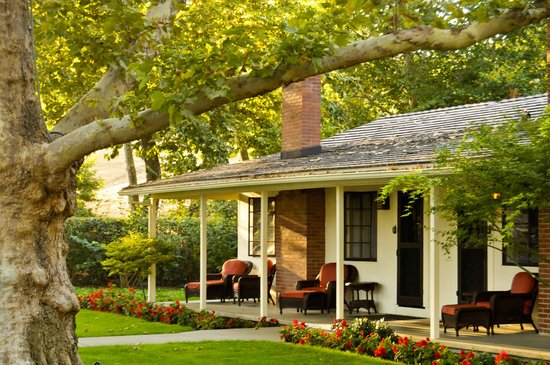 Alisal Guest Ranch & Resort: There are about 70 bungalows for guests. The rooms are comfortable, but do not have air conditio