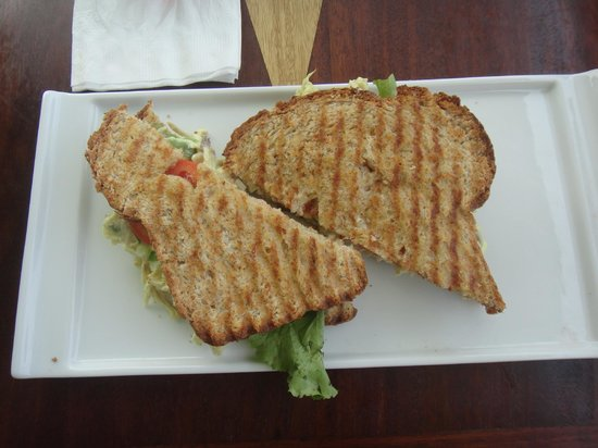 Guava Limb Cafe: Vegetarian paninni