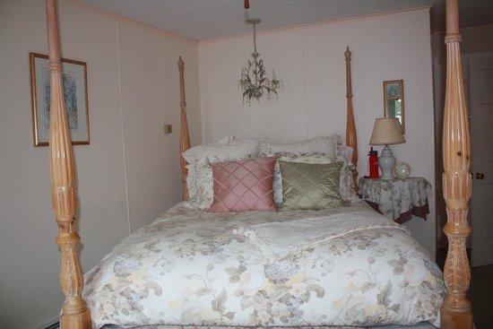 Inn at Bay Ledge: Room #9