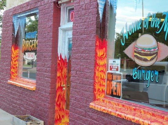 Badlands Burgers & Tortas: Store frontage