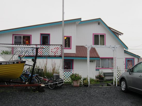 Moby Dick Hostel & Lodging: Moby Dick Hostel - Street View