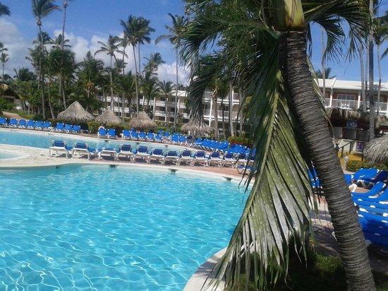 VIK Hotel Arena Blanca: Uma das piscinas