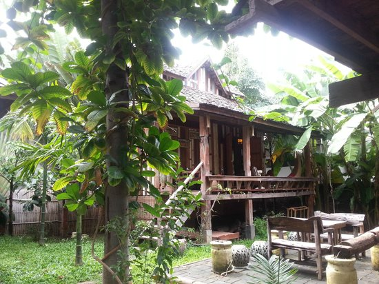 BaanBooLOo Village: Our guesthouse (Sticky Rice Villa)