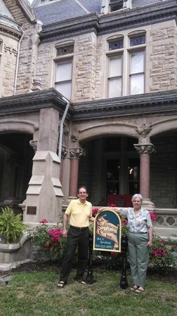 Shakespeare Chateau Bed & Breakfast: Our memorable stay at Nathan Ogden's mansion
