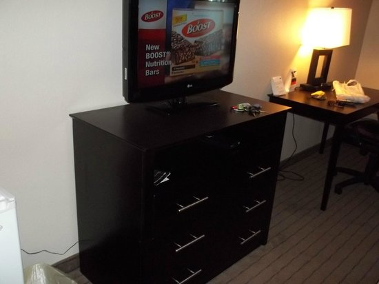 Wingate by Wyndham Atlantic City West: Television Area