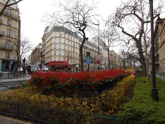 Hotel Devillas: Calçada do Hotel