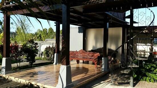 Atres Villa Homestay : bungalow