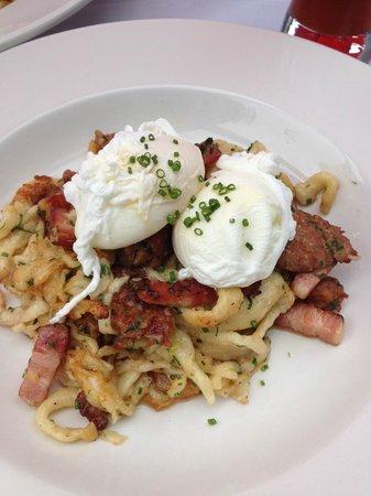 GoodWolfe Kitchen+Bar: Spatzle