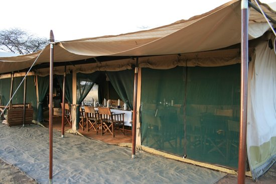 Lemala Ewanjan Tented Camp: Main dining tent