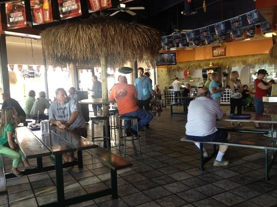 Las Palapas: fun place to eat with amazing tacos!