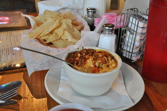 Blackbeard's On The Beach: Blackbeard's Queso: fine ingredients, very spicy.