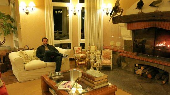 Hotel Estalagem St Hubertus : Sala de TV