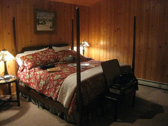 The George Ellen Bed and Breakfast: our bedroom