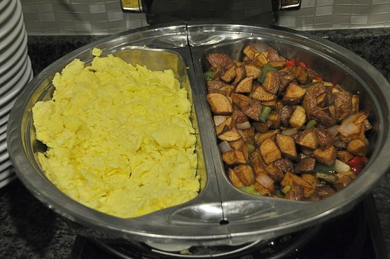 SpringHill Suites Dallas DFW Airport East/Las Colinas Irving: SpringHill Suites-Las Colinas: possibly the best hotel breakfast I've ever had!