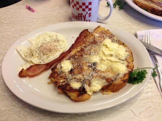 Stuffy's II Restaurant: Cinnamon Roll French Toast Breakfast