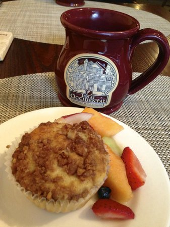 Inn at Occidental: Homemade Fresh Peach Muffins