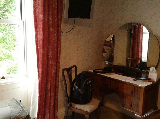 Castlemont Bed and Breakfast: Bedroom