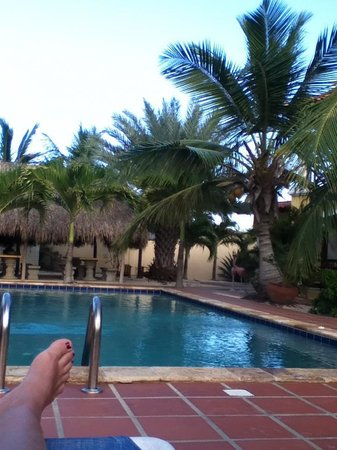 Sonrisa: The relaxing pool area