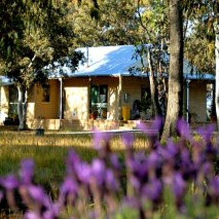 Kendenup Lodge and Cottages