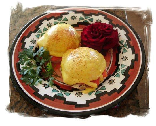 Orange Blossom Hacienda Bed & Breakfast: Signature Breakfast. Citrus Salmon Benedict