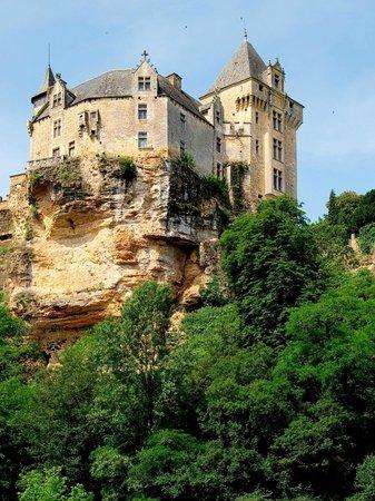 Acanoeraid : Un des châteaux sur les bords de la Dordogne