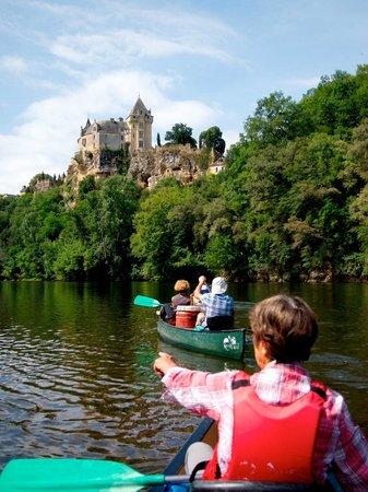 Siorac-en-Périgord, Frankrike: Le même vu des canoës