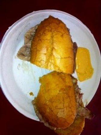 Brent's Delicatessen & Restaurant : Rye Bread Heels