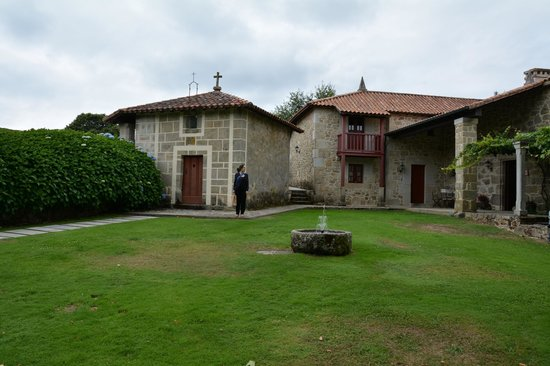 Rectoral de Castillon: La entrada a la rectoral