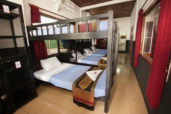 Me Mates Villa : Eight Bed Mixed Dorm