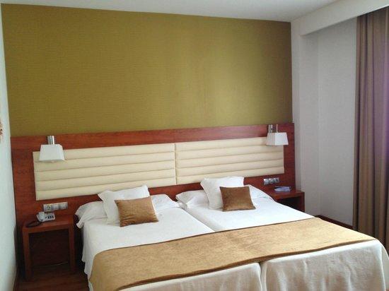 Monte Triana Hotel: Room
