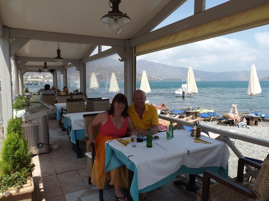 Akti Olous Hotel: Having lunch at the akti