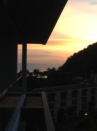 Absolute Twin Sands Resort & Spa: sunset