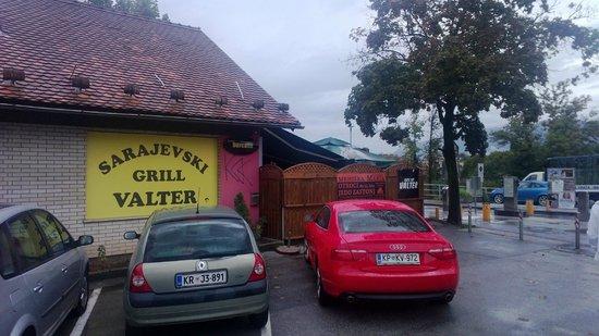 Das Ist Valter: From parking