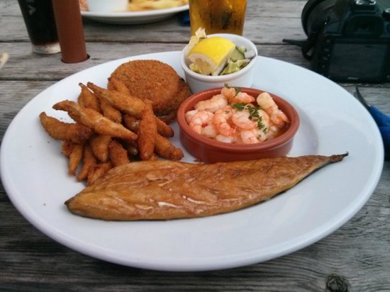 The Tides Inn: sgombro e scampi