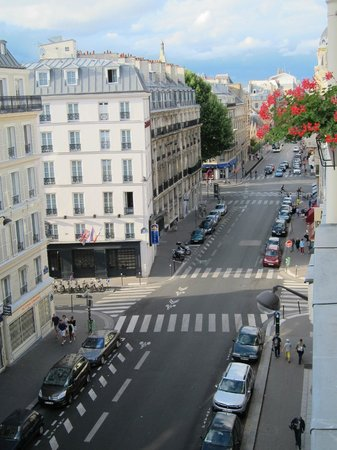 Hotel Diana: View Room 53 (R. St Jacques)