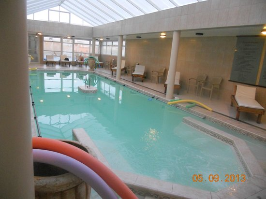 Carhue, Argentina: la piscina termal del hotel