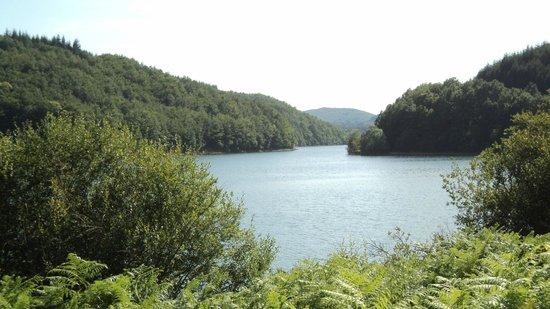 Camping Rieumontagne : Le lac du Laouzas