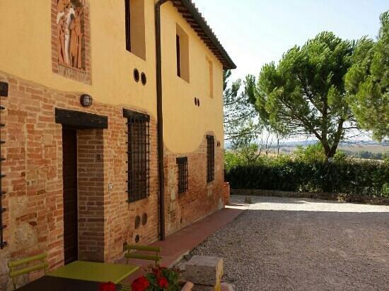 Belvedere Agriturismo : Eingang zu unserem Zimmer