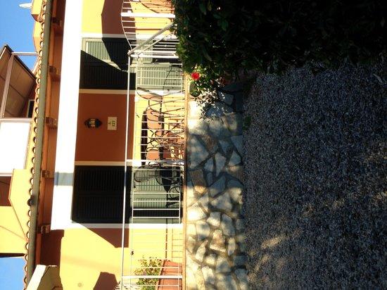 Country Hotel & Residence Da Pilade : esterno stanza