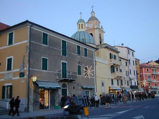 Castello di San Terenzo: Il borgo