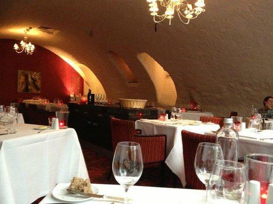 Bilderberg Chateau Holtmuhle: Inside the restaurant