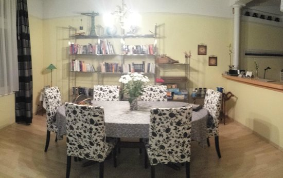 B&B 18: Dining Room